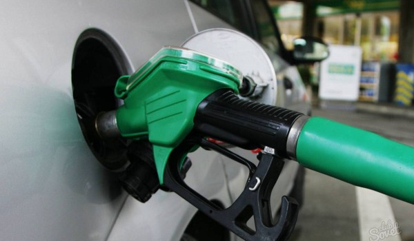 Ограничения на вывоз автомобильного топлива из Беларуси будут сняты